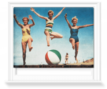 'Jumping Girls' Roller Blind